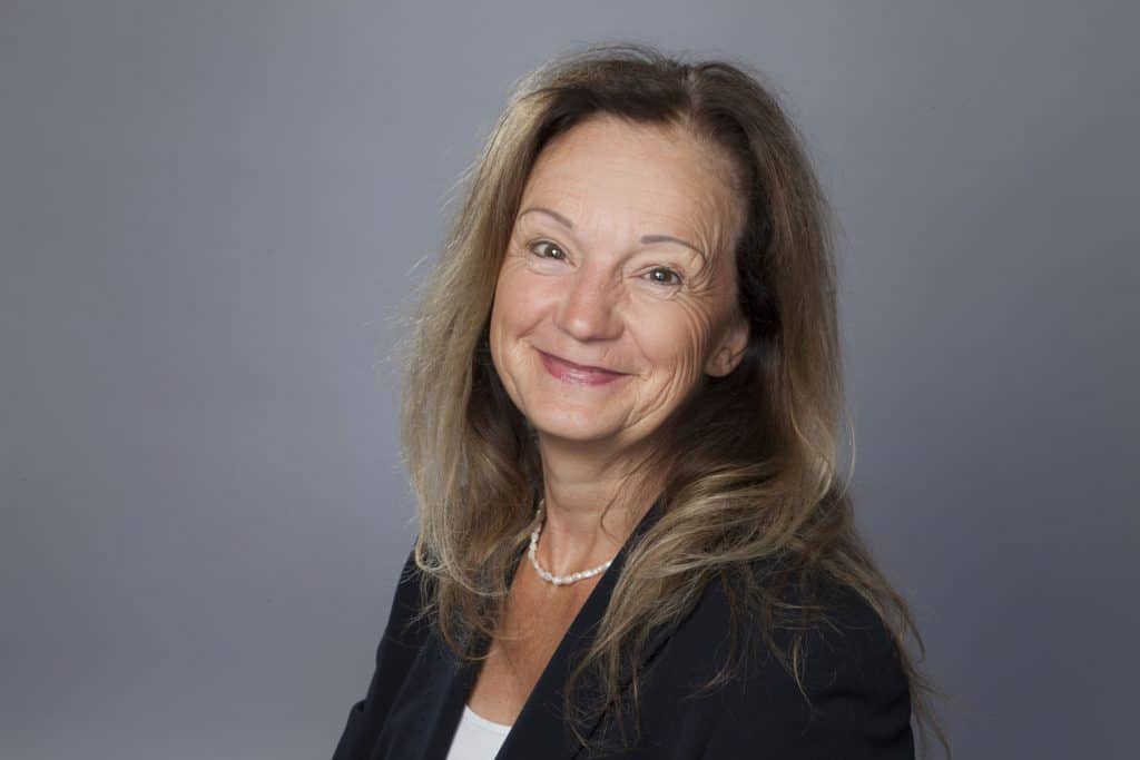 Portrait von Susanne Parisi für Profil - Kommunikationstrainerin, Persönlichkeitscoach, Indian Balance Instructor in Giessen/Hessen